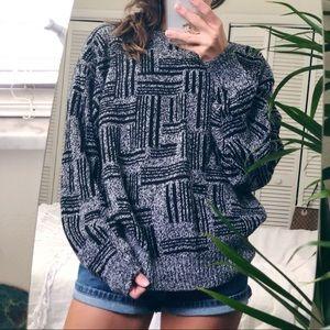 Sweaters - Retro pattern speckled VtG boyfriend sweater